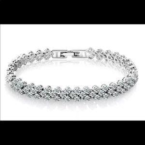 ❤️ Roman Style Bracelet 10300